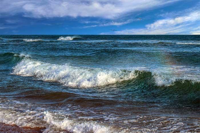 Gelombang (Ombak) di Lautan